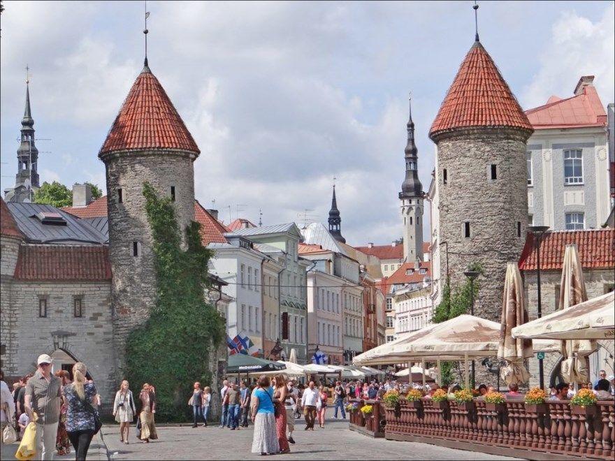 Города Эстонии провинции самые крупные фото красивые