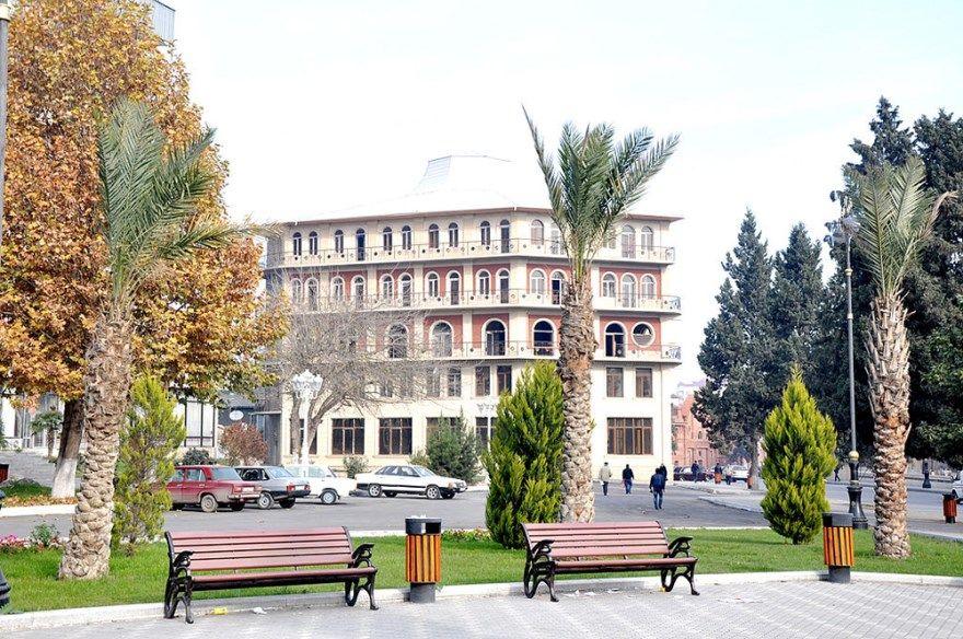 Гянджа 2018 город фото Азербайджан скачать бесплатно  онлайн в хорошем качестве