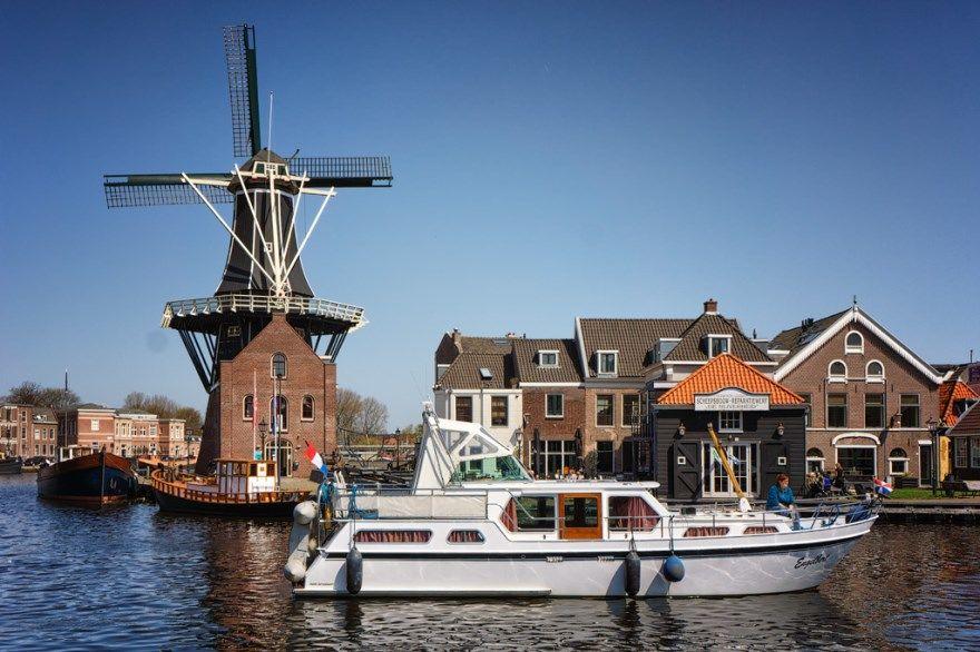 Смотреть фото города Харлем 2020. Скачать бесплатно лучшие фото города Харлем Нидерланды онлайн с нашего сайта.