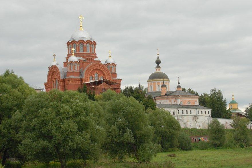 Смотреть фото города Хотьково 2020. Скачать бесплатно лучшие фото города Хотьково Московская область онлайн с нашего сайта.