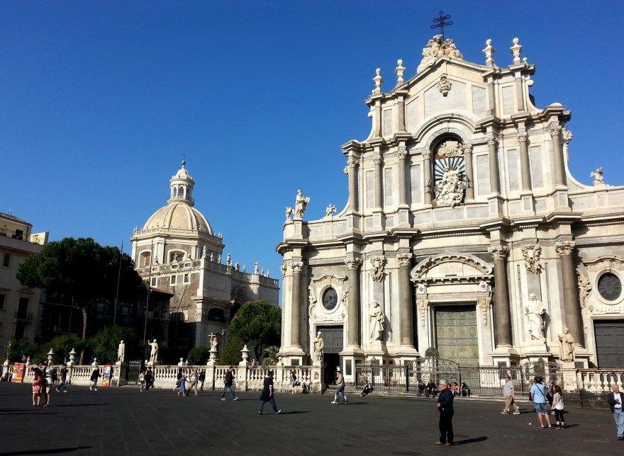 Катания 2019 Италия город фото скачать бесплатно онлайн