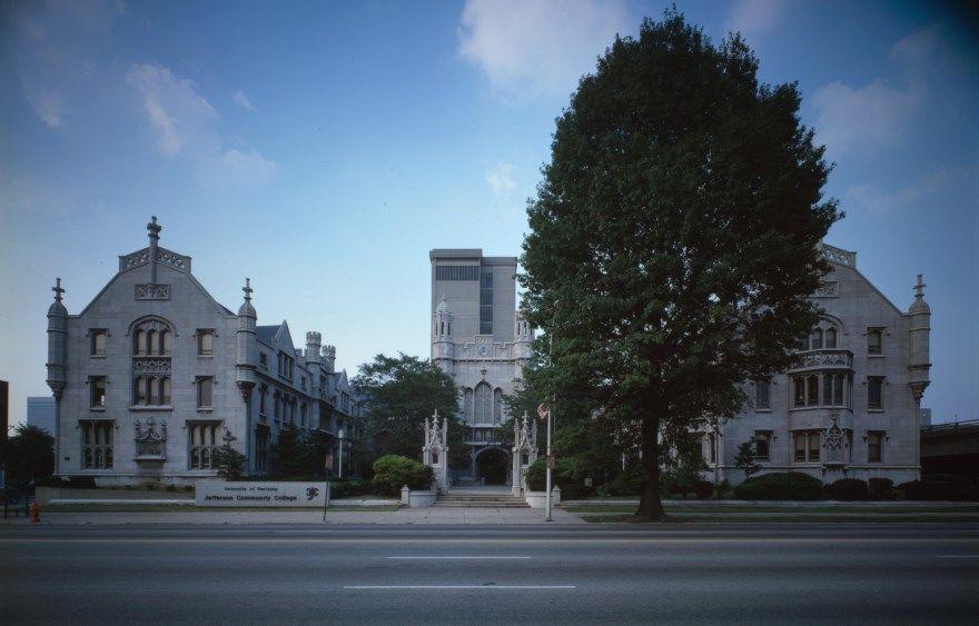 Луисвилл 2019 город штат Кентукки США фото скачать бесплатно  онлайн в хорошем качестве