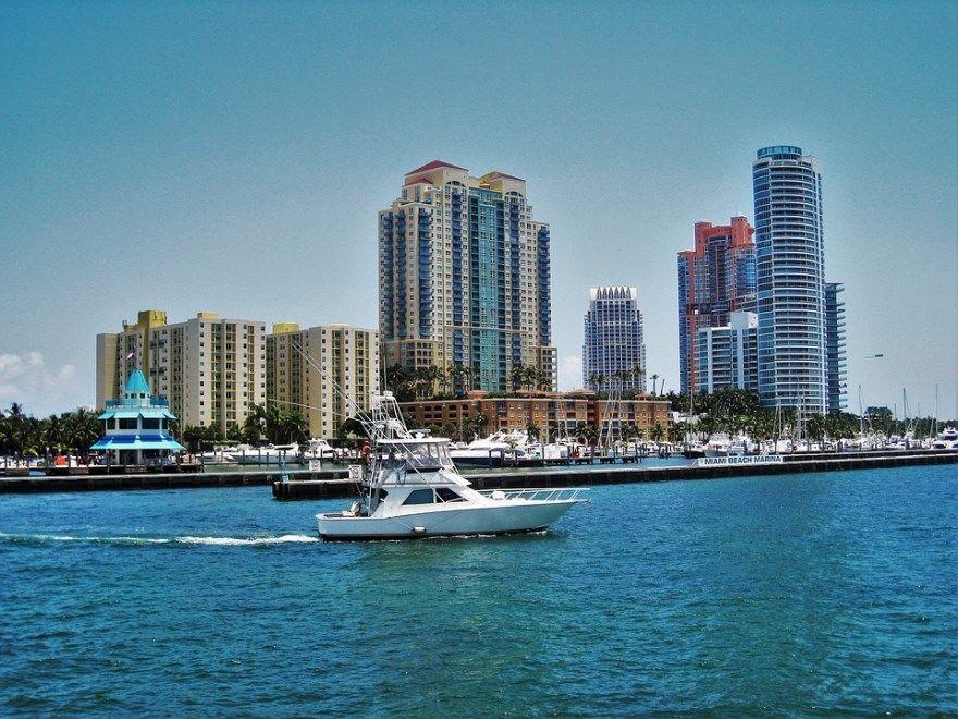 Майами Бич 2019 город штат Флорида США фото скачать бесплатно  онлайн в хорошем качестве