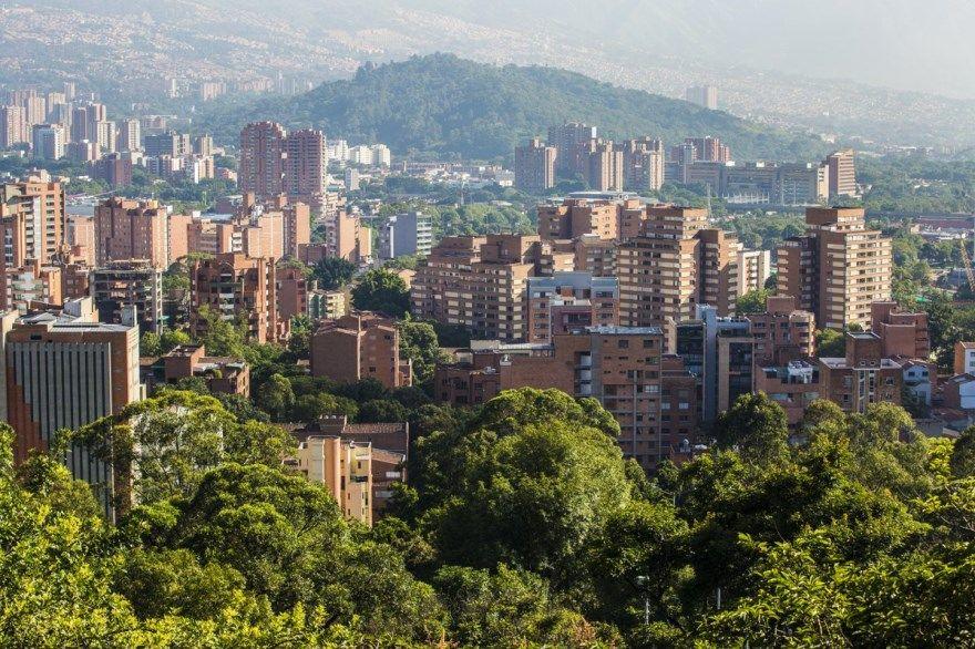 Смотреть фото города Медельин 2020. Скачать бесплатно лучшие фото города Медельин Колумбия онлайн с нашего сайта.