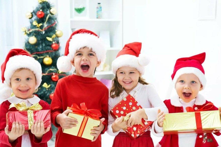 Детские подарки Новый год для детей сладкие