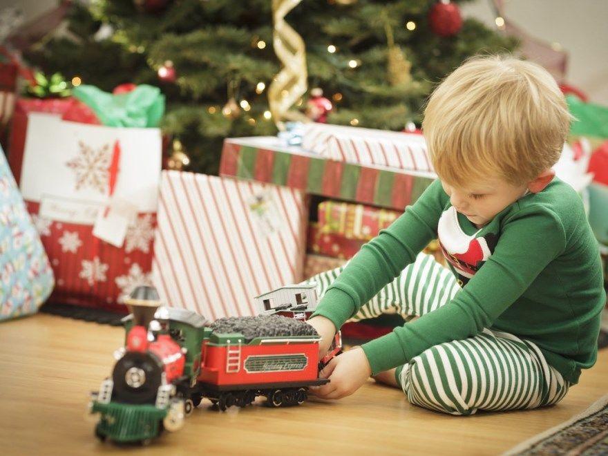 Подарки для мальчиков Новый год разного возраста