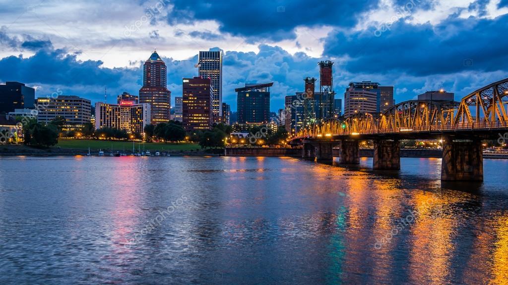 Портленд 2019 город штат Орегон США фото скачать бесплатно  онлайн в хорошем качестве