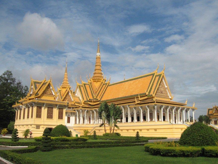 Смотреть фото города Промпень 2020. Скачать бесплатно лучшие фото города Промпень Камбоджа онлайн с нашего сайта.