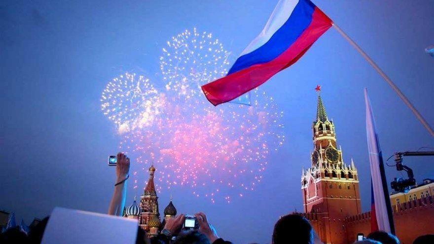 Праздник День России - картинки, открытки, поздравления. Сколько лет дню России? Узнаете у нас на странице.
