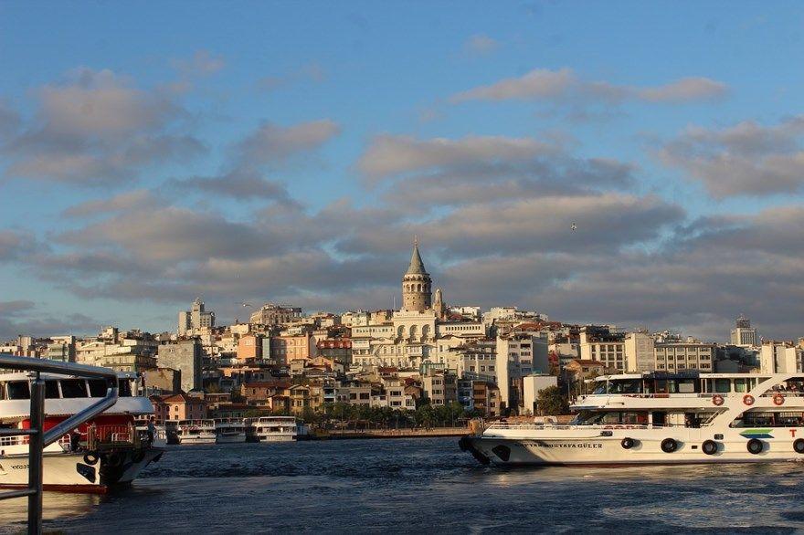 Стамбул 2019 город Турция фото скачать бесплатно  онлайн в хорошем качестве