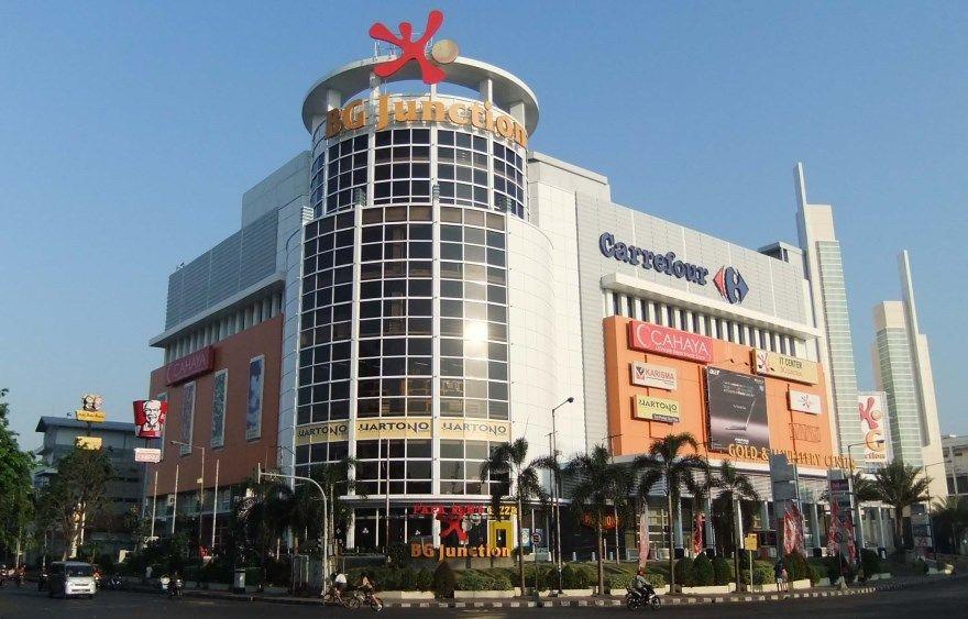 Смотреть фото города Сурабая 2020. Скачать бесплатно лучшие фото города Сурабая Индонезия онлайн с нашего сайта.