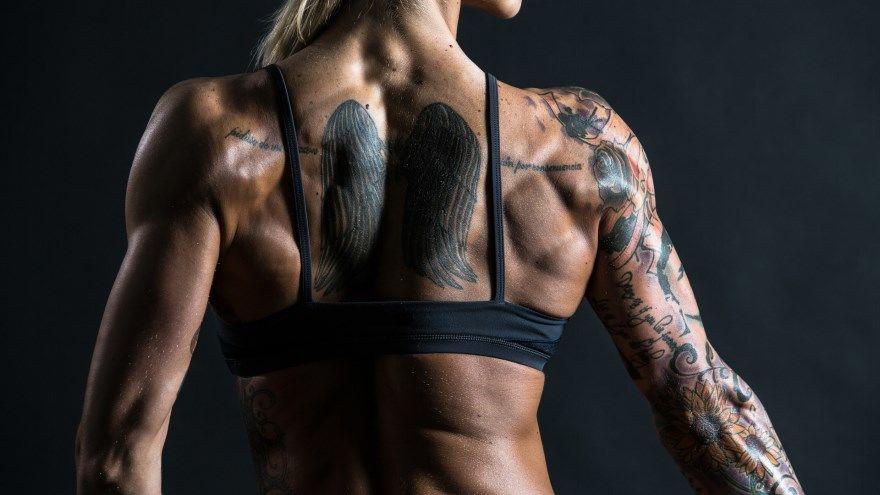 тату красивые надписи значение для мужчин женщин рука бедро нога предплечье кисть плечо запястье предплечье грудь спина